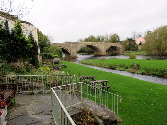Piercebridge, UK: Garden area
