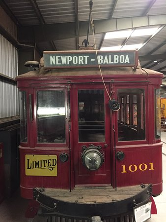 Perris, CA: Trolley from Newport to Balboa beaches.
