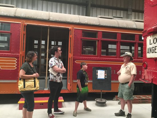 Perris, CA: Docent Randy Doss leading a tour for our family.