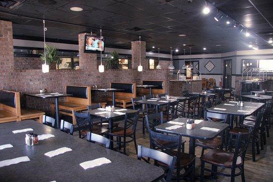 Anderson, Güney Carolina: Main Dining Room Facing Buffet Bars