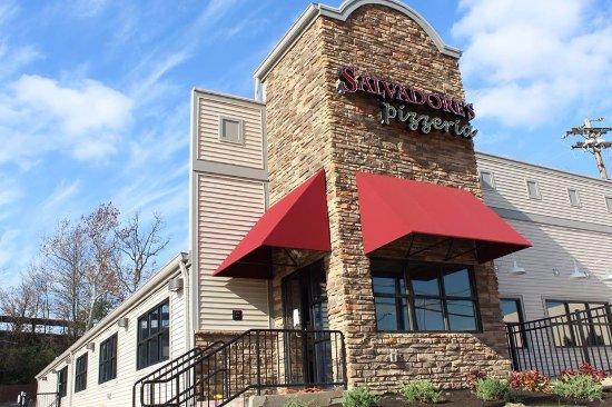 Erlanger, Кентукки: Salvadore's Pizzeria