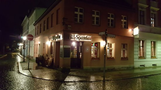 restaurant alt spandau berlin spandau restaurant reviews phone number photos tripadvisor. Black Bedroom Furniture Sets. Home Design Ideas