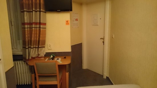Hotel a la Grande Cloche: single room