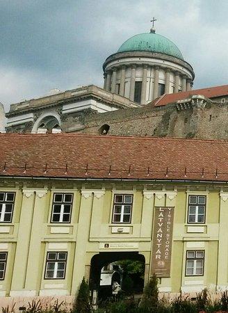 Esztergom, Magyarország: IMG-20171022-WA0023_large.jpg