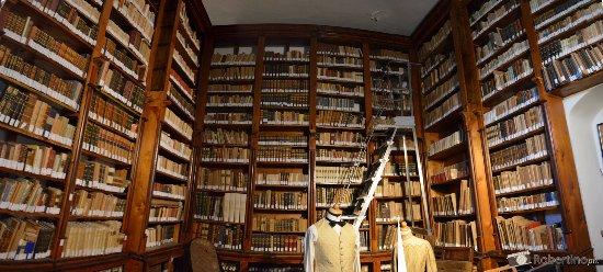 Donnafugata, Italia: Libreria interna