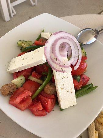 Ippokampos Beach Restaurant : Greek Salad