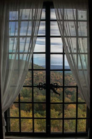 Moultonborough, Нью-Гэмпшир: View out of the master bedroom window