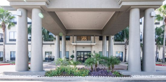 Porte Cochere Picture of Holiday Inn Express Hotel & Suites