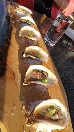 Vineland Estates Winery Restaurant: surprise amuse bouche!  very fresh