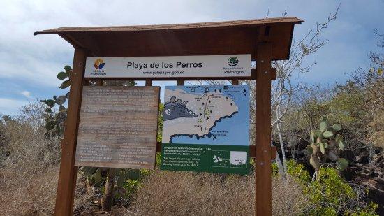 Puerto Ayora, Ecuador: Cartel informativo