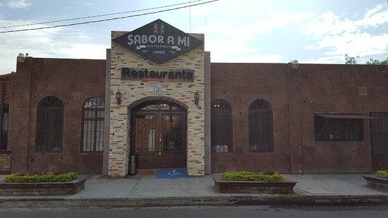 Lerdo, Mexico: Rastaurant's facade.