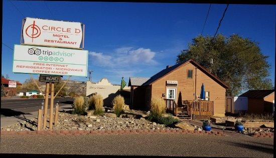 Circle d motel bewertungen fotos preisvergleich for Circle d motel