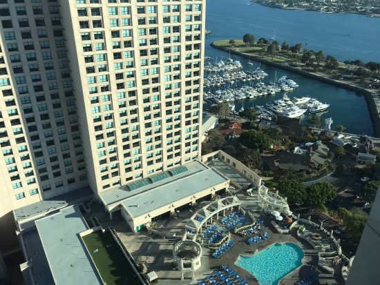 Manchester Grand Hyatt San Diego: nice view from my room on the 27th floor