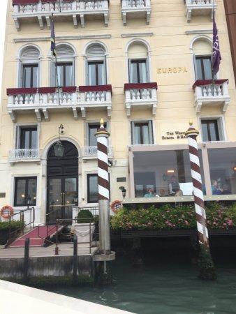 The Westin Europa & Regina, Venice: Grand Canal entry to the hotel
