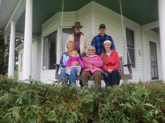 Dyersville, IA: Enjoying the front porch swing!