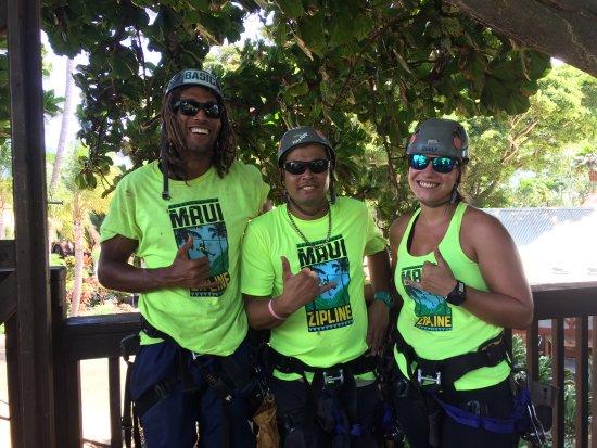 Wailuku, Hawaï : Justin, Ray & Emily are the best at Maui Zipline.