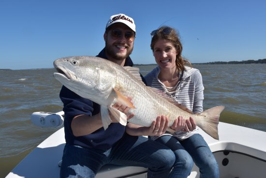 Catch of the afternoon 20lb redfish picture of off the for Right hook fishing charters