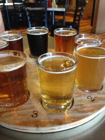 Eliot, ME: Standard Flight - 8 Beers