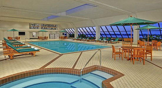 The westin harbour castle toronto updated 2017 prices reviews photos ontario hotel for Swimming pools downtown toronto
