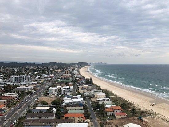 Palm Beach, Austrália: View from level 24 looking towards Burleigh