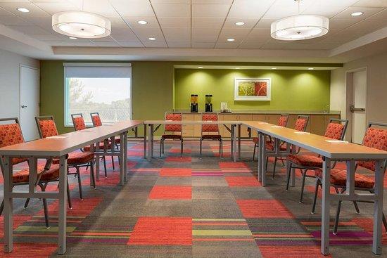 McDonough, GA: Meeting and Event Room