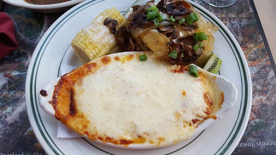 Three Rivers, CA: Lasagna with grisly potato