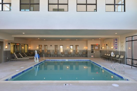 El Centro, CA: Indoor Pool, Wide View