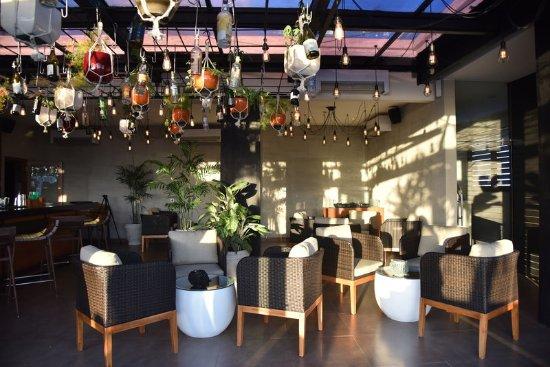 L Hotel Seminyak: Grow Up RoofBar