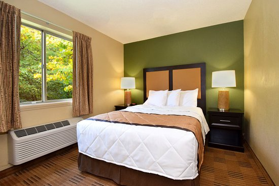 1 bedroom suite 2 queen beds picture of extended stay america houston northwest houston for Extended stay america one bedroom suite