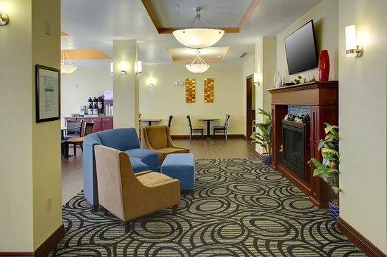 Cross Lanes, WV: Guest Dining Lounge
