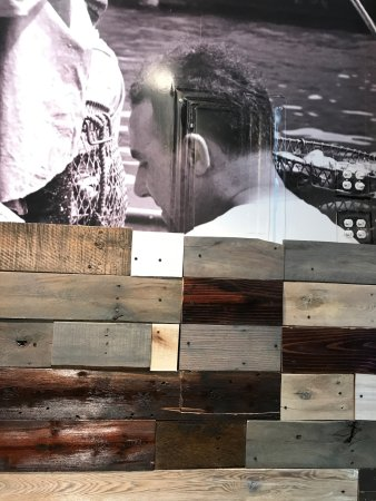 Bayside, NY: Photo wall mural and salvaged wood. Very cool.