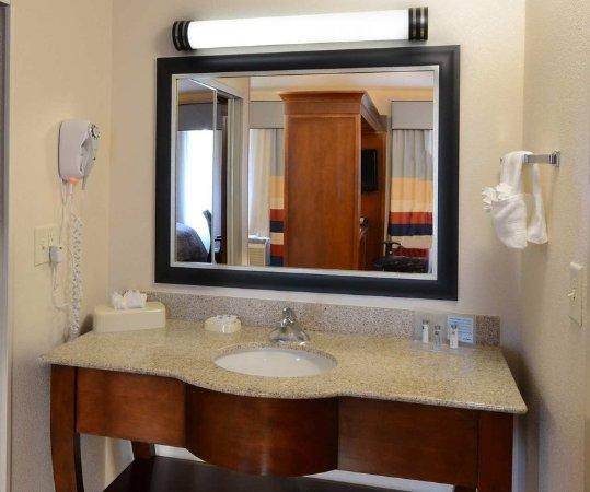 Huntersville, NC: Guest Bathroom Vanity