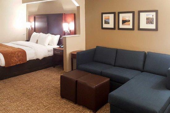Alcoa, TN: King suite