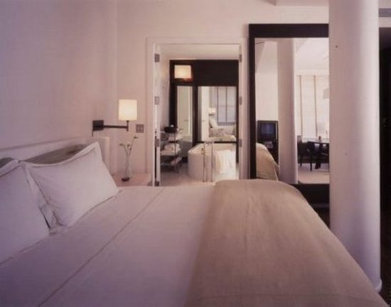 guest room picture of the mercer hotel new york city tripadvisor. Black Bedroom Furniture Sets. Home Design Ideas