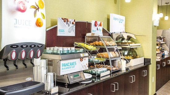 Elkton, MD: Breakfast Bar