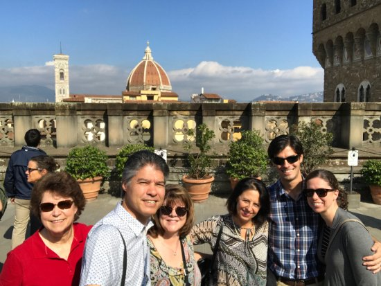 Walks Inside Florence : Our group with guide Paola on the top of the Uffizi.