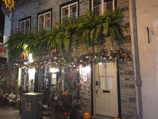 Old Quebec: photo2.jpg