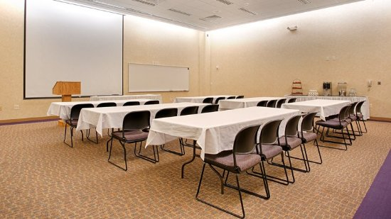 Fergus Falls, MN: Meeting Room