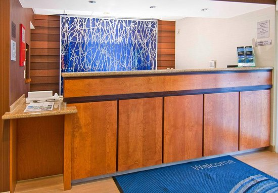 Pearl, MS: Front Desk