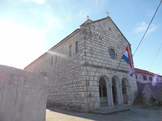 Brodarica, Croacia: facade