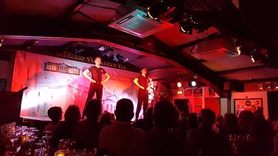 The Merry Ploughboy Irish Music Pub: More dancers
