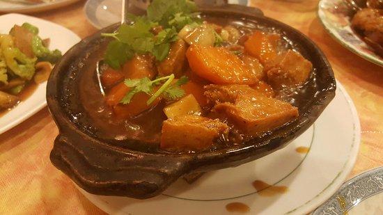 Yuan Fu Vegetarian: pumpkin and chicken hot pot