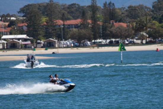 Main Beach, Australia: Fun for all the family on our jetski course at Extreme Jet Ski