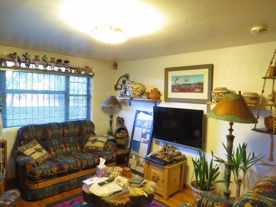 Zuni, Nuevo Mexico: Common lounge area.
