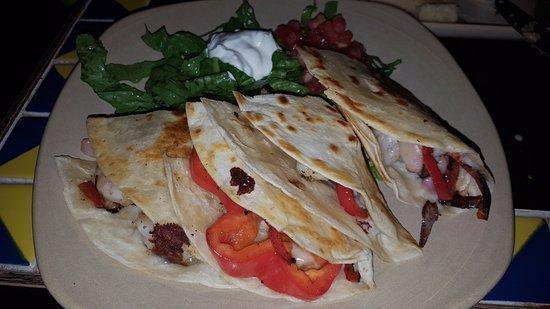 Salud Mexican Kitchen: Shrimp Quesadilla...wish I had taken one to go!