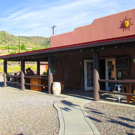 Cornville, AZ: Front of winery