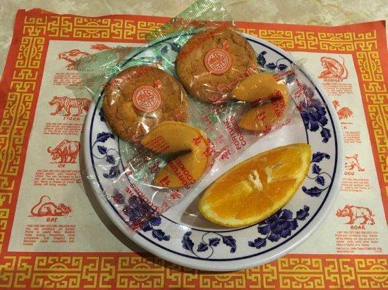 Brea, CA: Dessert: almond cookies, fortune cookies and orange slices.