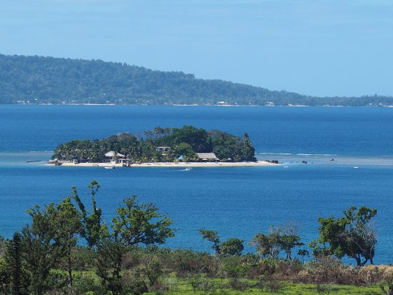 Hideaway Island Resort: View of the island from a lookout on the walk to the Cascade Waterfall and swimming holes.