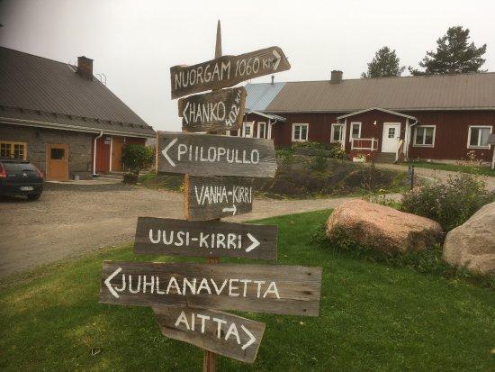 Petajavesi, Finlandia: Piha-alue, Vanha-Kirri ja Navetta