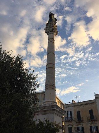 Colonna di Sant'Oronzo: photo0.jpg